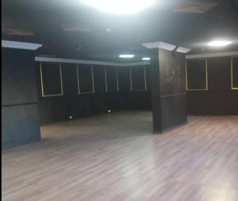 Офис 300 м²