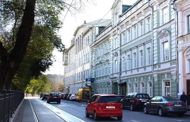 Административное здание Покровский б-р 8, стр. 1.