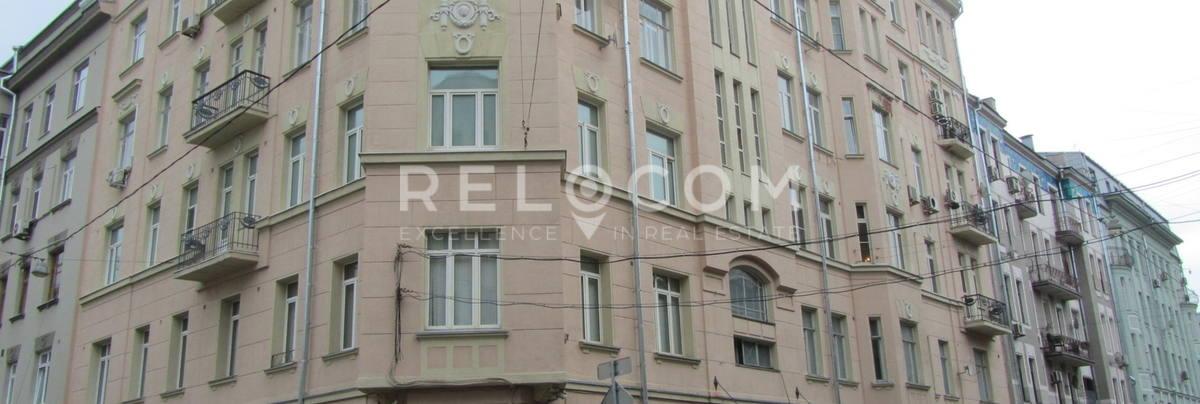 Жилой дом Спиридоновка 38