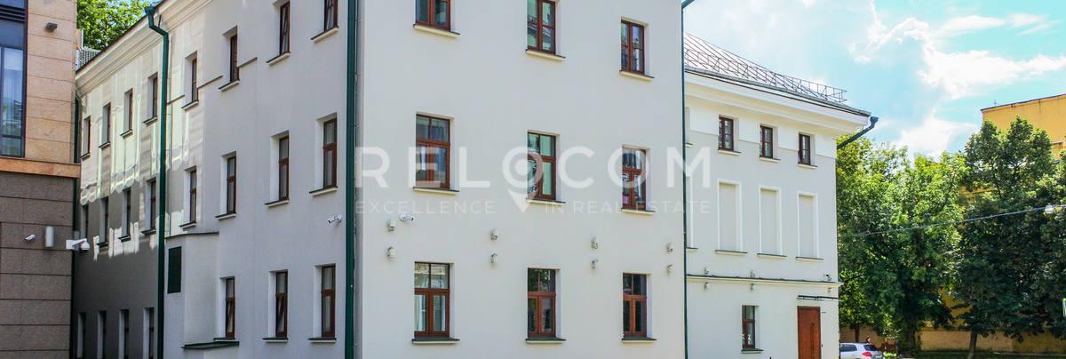 Административное здание Большая Татарская 13