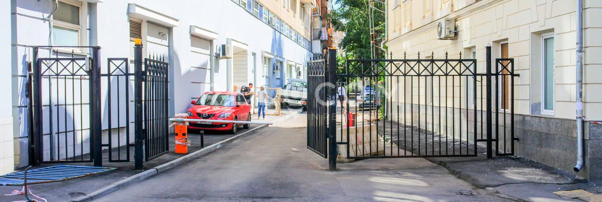 Административное здание Старый Толмачёвский 9