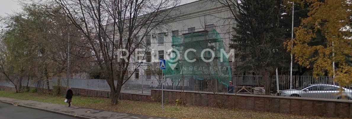 Административное здание Мосфильмовская ул. 38.