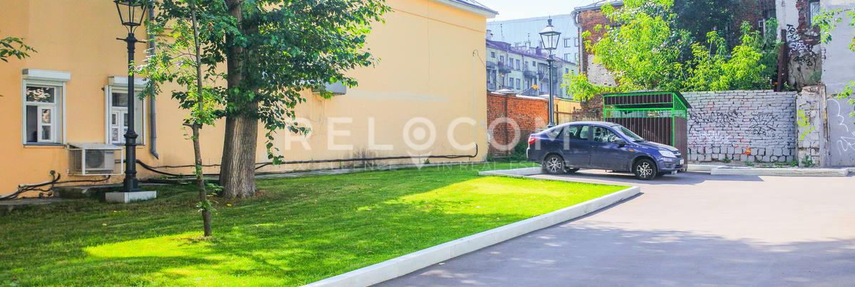Административное здание Староваганьковский пер 21
