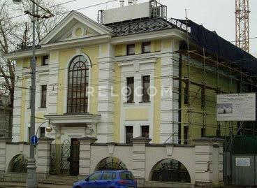 Административное здание Волхонка ул., вл. 11-13