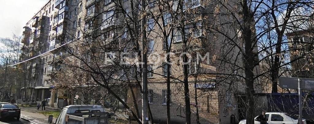 Жилой дом Матроса Железняка б-р 9.