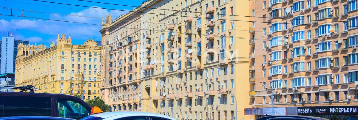 Жилой дом Смоленская наб. 2.