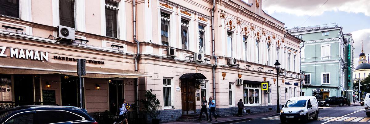 Административное здание Большая Никитская, ул. 21/18, стр. 1.