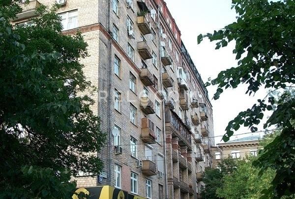 Жилой дом Фрунзенская наб. 36/2.