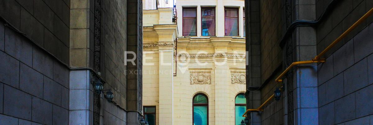 Офисное здание Садовая-Спасская 21