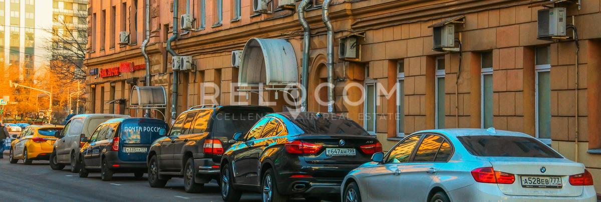 Административное здание Динамовская ул. 1А.