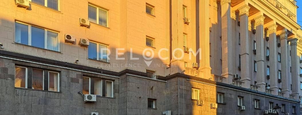 Административное здание Малая Никитская ул. 24, стр. 1.